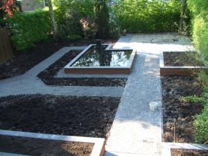 2008 new garden 055